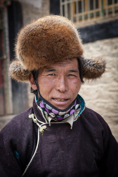 http://www.lauraportinaro.com/files/gimgs/69_buddhist-pilgrim.jpg